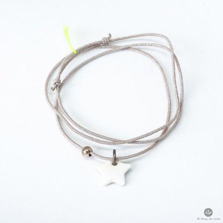 Collier / Bracelet triplette Taupe étoile blanche